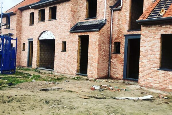4 woningen voorzien van Duco Focus + Ventilatiesysteem