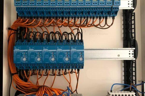 Elektriciteitskast met centrale sturing!